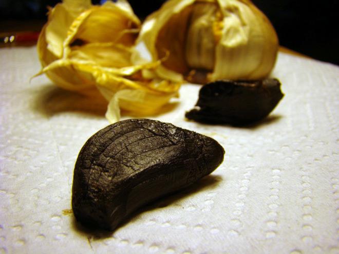 Garlic-Ferment-02s