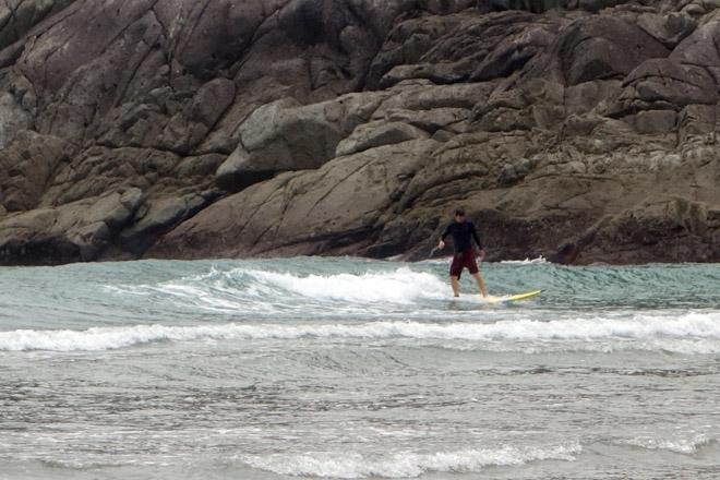 Goto-Surf01